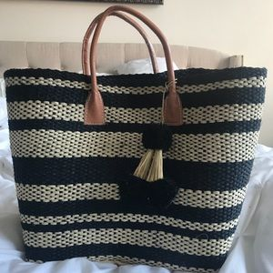 BRAND NEW NEVER USED HAT ATTACK PROVENCE TOTE